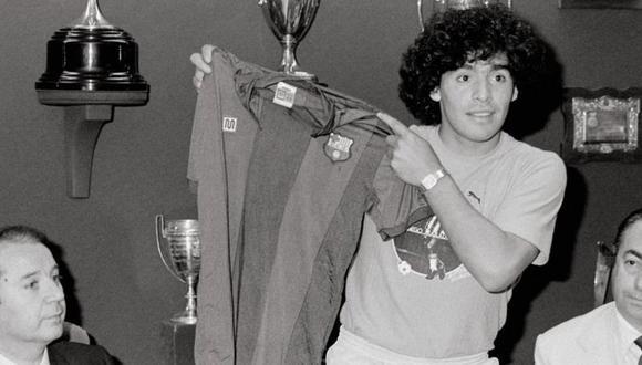 Tras cuatro años de intentarlo, Maradona llega al Barcelona en el verano de 1982. (Foto: Getty Images)