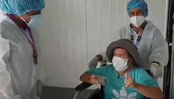Óscar Arroyo Merino no pudo ocultar su alegría al saber que vería a su progenitora por el Día de la Madre. (Foto: captura de video)