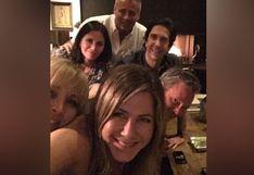 """Jennifer Aniston abre cuenta oficial de Instagram y publica foto de reunión con el elenco de """"Friends"""""""