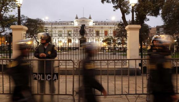 En el Perú ha ayudado que lo que podría haber articulado el descontento, el rechazo a la élite política, se ha canalizado a través de la disolución del Congreso, las nuevas elecciones y la acción de la justicia. (Foto: GEC)
