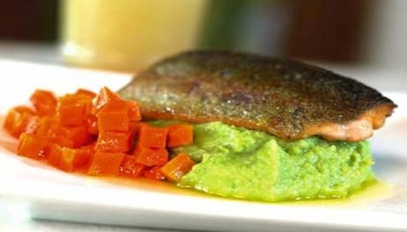 Trucha con puré de alverjas