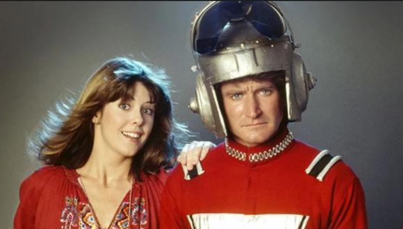 """Pam Dawber y Robin Williams en una escena de la serie """"Mork y Mindy""""."""