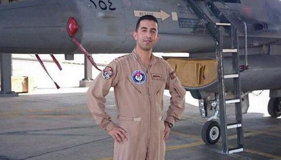 Jordania exige una prueba de vida y la puesta en libertad del piloto antes de liberar a la prisionera Sajida al Rishawi. (Foto: Twitter)