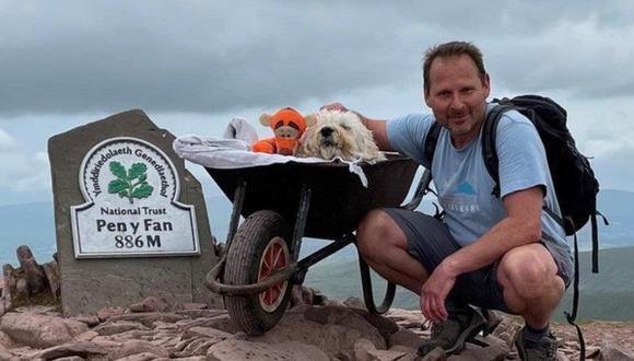 Carlos Fresco llevó a su perro con cáncer a dar un último paseo por la montaña. (Foto: Carlos Fresco)