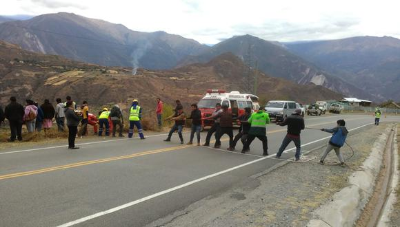 Apurímac: dos muertos deja caída de camión a un abismo en Curahuasi