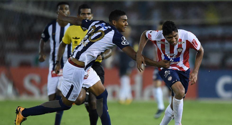"""""""Bengoechea ha consumido el crédito que ganó con el campeonato nacional en el verano siguiente, como es la costumbre en los equipos peruanos"""". (Foto: AFP)"""