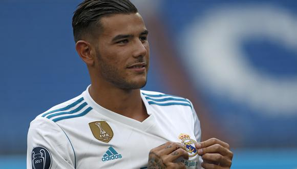 """""""He elegido el Real Madrid porque es el mejor club del mundo y sé que aquí voy a llegar muy lejos"""", señaló Theo Hernández en conferencia de prensa. (Foto: AFP)"""