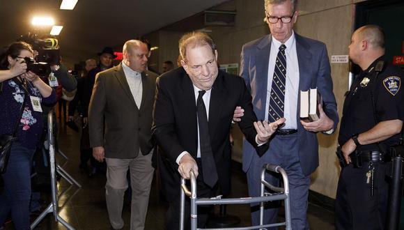 Harvey Weinstein llegó al tribunal de Nueva York caminando con la ayuda de un andador. (EFE/EPA/JUSTIN LANE).