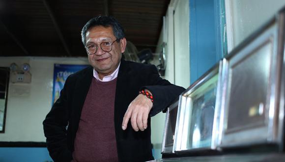 Eloy Jáuregui lanza conjunto de poemas, musical y contundente