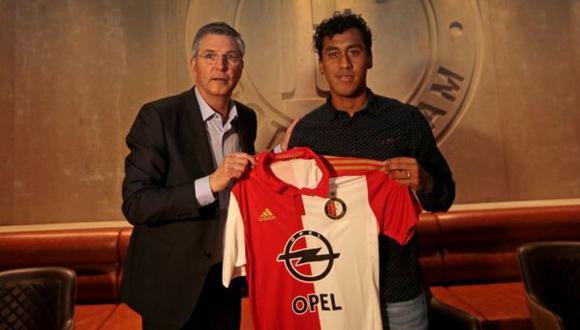 Renato Tapia es oficialmente nuevo jugador del Feyenoord