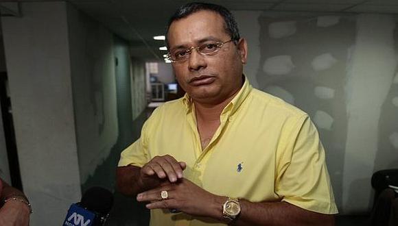 Rodolfo Orellana, quien se encuentra en la clandestinidad, hizo pública una carta en la que señala que miembros del Ejército Peruano entraron violentamente a la casa de su esposa en Pozuzo (Pasco). (Foto: USI)
