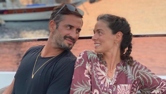 """La actriz de """"Mujer"""", Özge Özpirinçci, decidió casarse con el amor de su vida, Burak Yamantürk, y tener una hija (Foto: Özge Özpirinçci/ Instagram)"""
