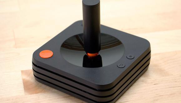 Uno de los mandos del Ataribox. (Foto: Atari)
