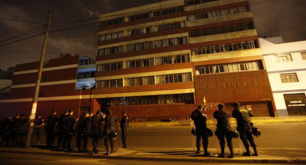 Estudiantes de la Universidad Federico Villarreal tomaron local - 2