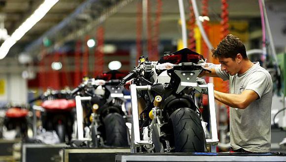 Mahindra buscar comprar el negocio de motos de Peugeot