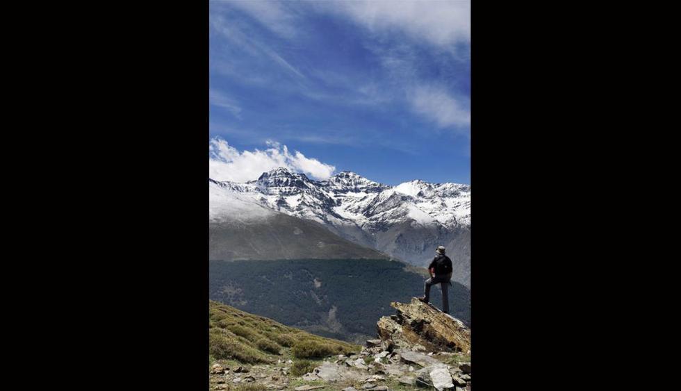 Mulhacén, España. La montaña forma parte del Parque Nacional de Sierra Nevada, situada en la provincia de Granada. Tiene una altura de 3.482 m y es considerado el pico más alto de la península Ibérica. (Foto: Shutterstock)