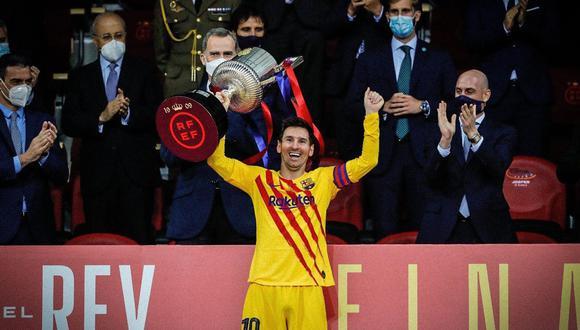 Lionel Messi lidera el top ten de los futbolistas argentinos con más títulos.