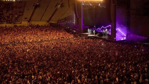 La banda Six60 cerró su gira dando el primer recital de la historia del Eden Park, el estadio más grande de Nueva Zelanda. (Foto: AP).