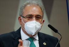 El ministro de Salud de Brasil intenta justificar negacionismo de Bolsonaro frente al coronavirus