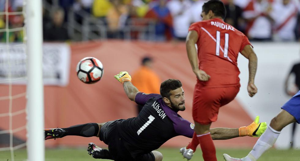 La selección peruana ha logrado tres victorias ante Brasil por Copa América. (Foto: AP)