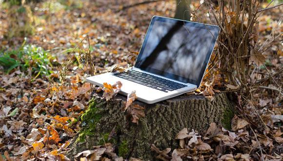 El uso de diversos equipos electrónicos como celulares, laptops y Tablets que necesitan estar conectados a la corriente es muy habitual en el hogar. (Foto: Pixabay)