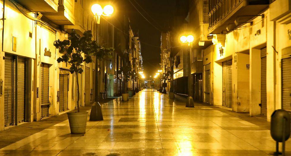 El Jirón de la Unión, acostumbrado al bullicio de comerciantes, luce en silencio. (Foto: Giancarlo Avila/GEC)