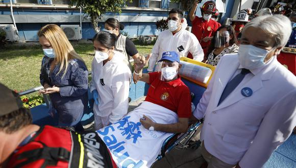 El jefe departamental de Lima Centro del CGBVP fue internado el pasado 5 de febrero, y de los 65 días internado en el hospital Almenara, estuvo 44 días en UCI por coronavirus. (Foto: Foto: César Bueno - El Comercio)