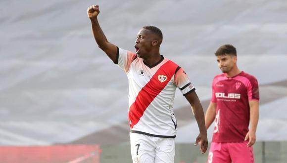 Luis Advíncula llegó a Rayo Vallecano en la temporada 2018. (Foto: EFE)