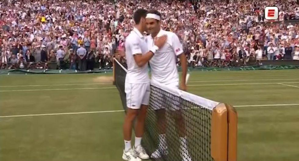 Novak Djokovic se coronó campeón del Wimbledon 2019 sobre Roger Federer. En el último punto, el suizo envió su tiro al cielo, lo cual favoreció al rival (Video: ESPN)
