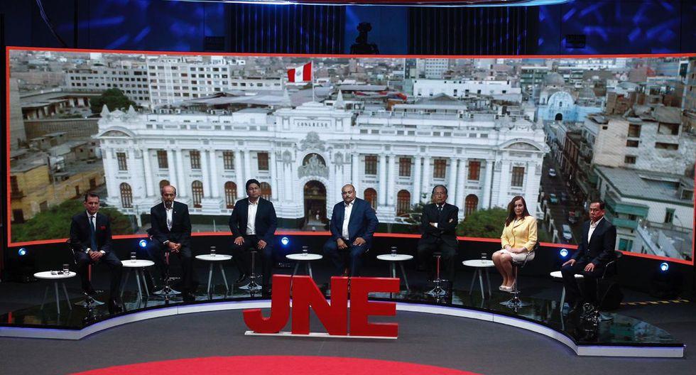 Esta noche se llevó a cabo el tercer y último debate electoral con miras a las elecciones congresales extraordinarias del 26 de enero de 2020 organizado por el JNE. (Foto Leandro Britto / GEC)