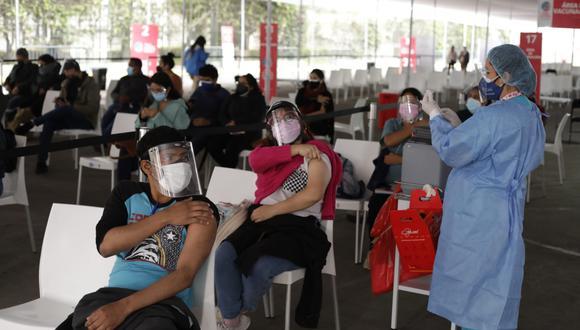 Este viernes 10 de setiembre, comenzó la vacunación contra el COVID-19 de las personas de 27 años a más que residen en Lima Metropolitana y el Callao. (Foto: Britanie Arroyo / @photo.gec)