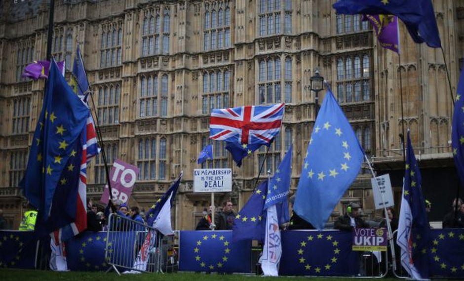 Todo indica que la Cámara de los Comunes derrocará esta noche el acuerdo sellado entre Londres y Bruselas el pasado noviembre. (Foto: AFP)