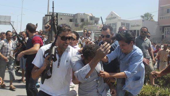 Terror en Túnez: Suben a 37 los muertos en playa de turistas