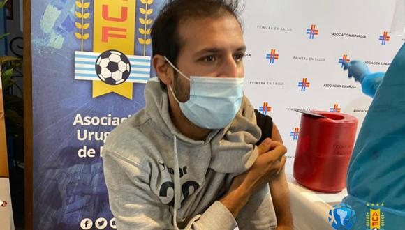 Conmebol inició el proceso de vacunación contra el coronavirus en Paraguay y Uruguay. (Foto: @agdws)