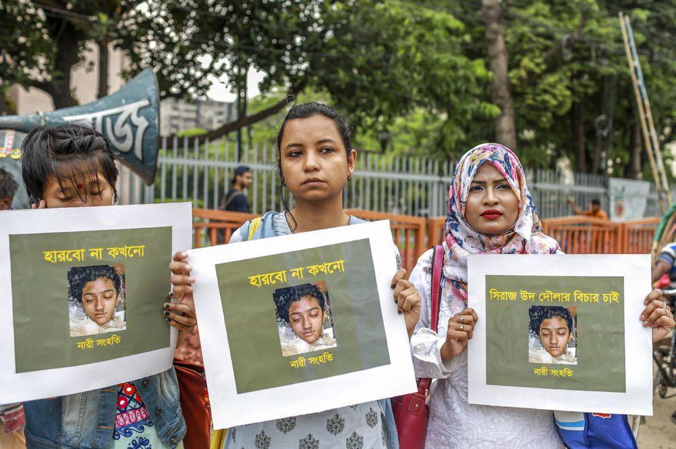 Protestas en Bangladesh para exigir justicia por el asesinato de Nusrat Jahan Rafi. (AFP).