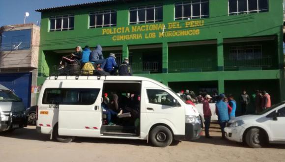 Al momento del asalto, los afectados iban en tres combis hacia el fundo Alpachaca, centro experimental de la Universidad Nacional San Cristóbal de Huamanga, donde los alumnos aprenderían sobre temas relacionados a la agricultura. (Foto: Jaime Quispe)