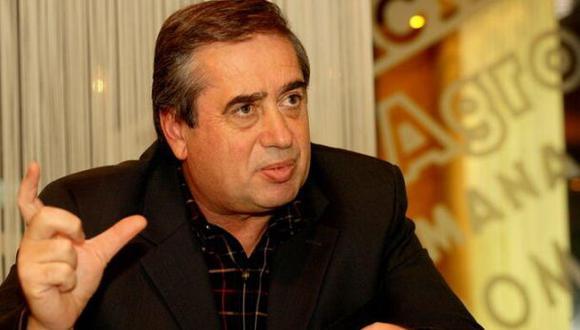 Condenan al hombre más rico de Rumania a 30 meses de prisión