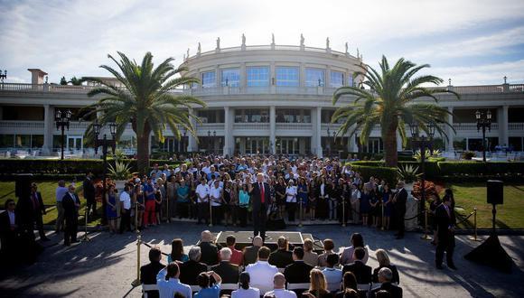 Durante su campaña presidencial, Donald Trump realizó un evento con los empleados del resort Trump National Doral de Miami, en 2016. (Eric Thayer para The New York Times).