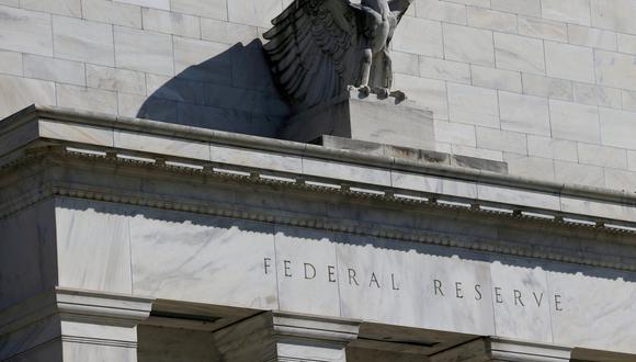 La FED llevó sus tasas casi a cero en marzo del 2020, algo que no hacía desde el 2008, al igual que convocar una reunión extraordinaria. (Foto: Reuters)