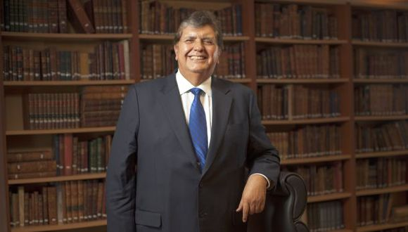 Se resolvió el misterio: Alan García no es doctor