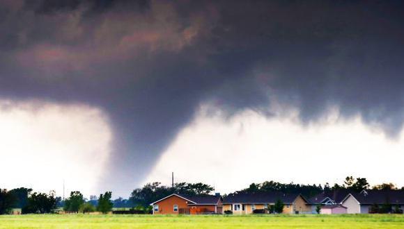 Tornados en Oklahoma dejan heridos y casas destrozadas (VIDEOS)