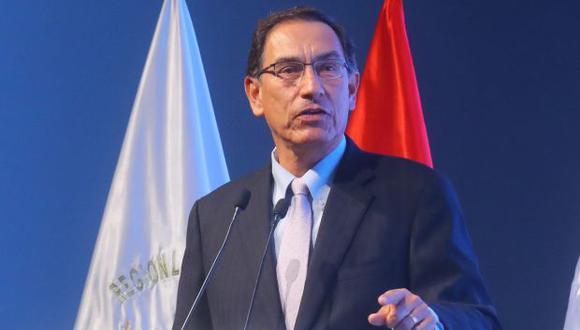 """El presidente Martín Vizcarra señaló que la norma """"dará seguridad a ahorristas, formalizará las cooperativas y optimizará la economía"""". (Foto: Presidencia)"""