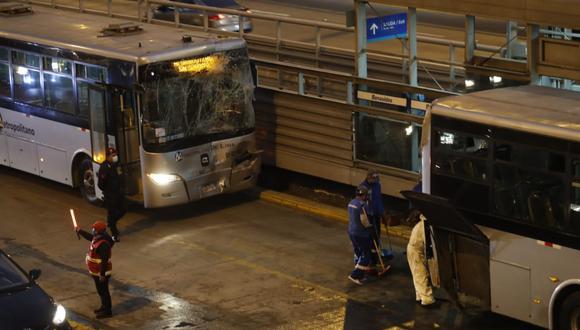 El accidente ocurrió a la altura de la estación Benavides y por varios minutos generó congestionamiento en esta vía. (Foto: El Comercio)