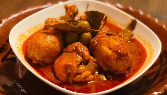 Mixiotes de pollo. (itzaebuffet|Instagram)