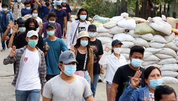 Imagen de las protestas que continúan en Myanmar. EFE