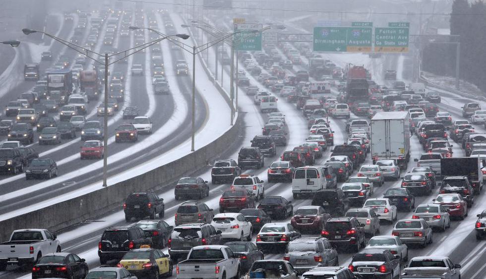 Las carreteras son un infierno por tormenta en el sur de EE.UU. - 1