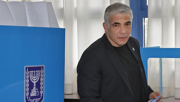 """""""Este es el momento de la verdad"""", dijo Yair Lapid, líder del partido de centro Yesh Atid (Hay un futuro), tras depositar su voto en Tel Aviv. (Foto: JACK GUEZ / AFP)."""