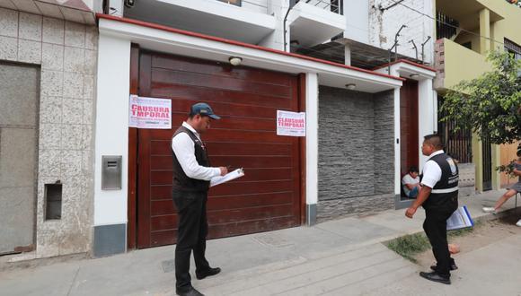 Ante la Sunat, la empresa tiene 11 trabajadores formales. Su local, ubicado en VES, fue clausurado ayer.  (Foto: Lino Chipana)