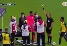 Perú vs. Ecuador: Domínguez intentó cargar a Cueva hasta la camilla y fue amonestado | VIDEO