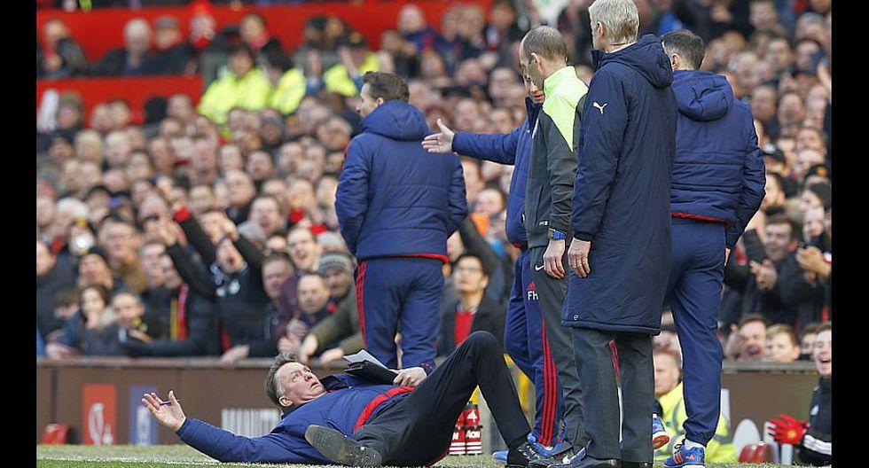 Louis van Gaal y su show en el triunfo del Manchester United - 6